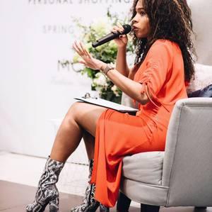 L_Oréal Blackett - presenter pr