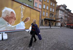 Pope John Paul II blesses woman