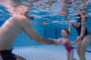 Bebes nageurs