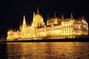 Image 4 City at night