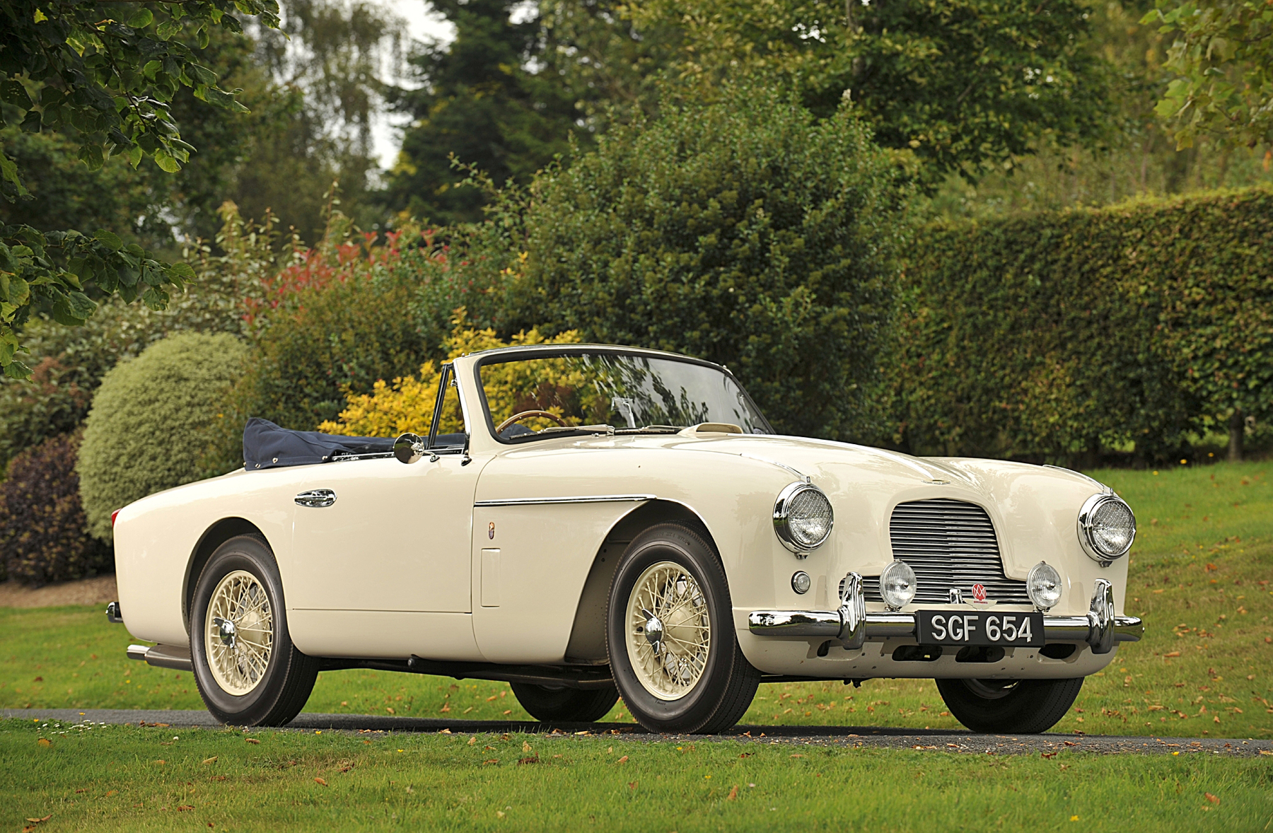 1955 Aston Martin DB2/4 Drop Head Coupé