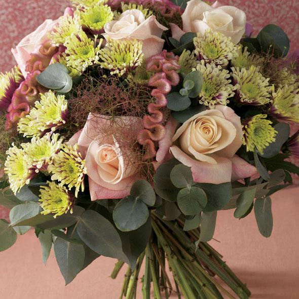 keep the love alive how to make those valentine s flowers last longer. Black Bedroom Furniture Sets. Home Design Ideas