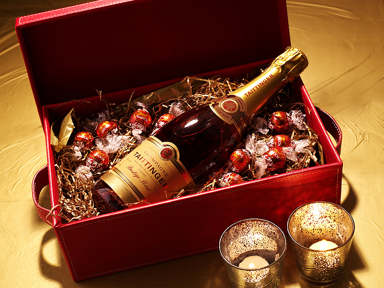 St Valentine S Day Delights By The Heavenly Hamper Company