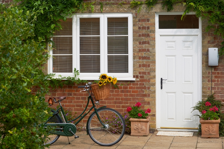 win a pashley bicycle with anglian home improvements. Black Bedroom Furniture Sets. Home Design Ideas