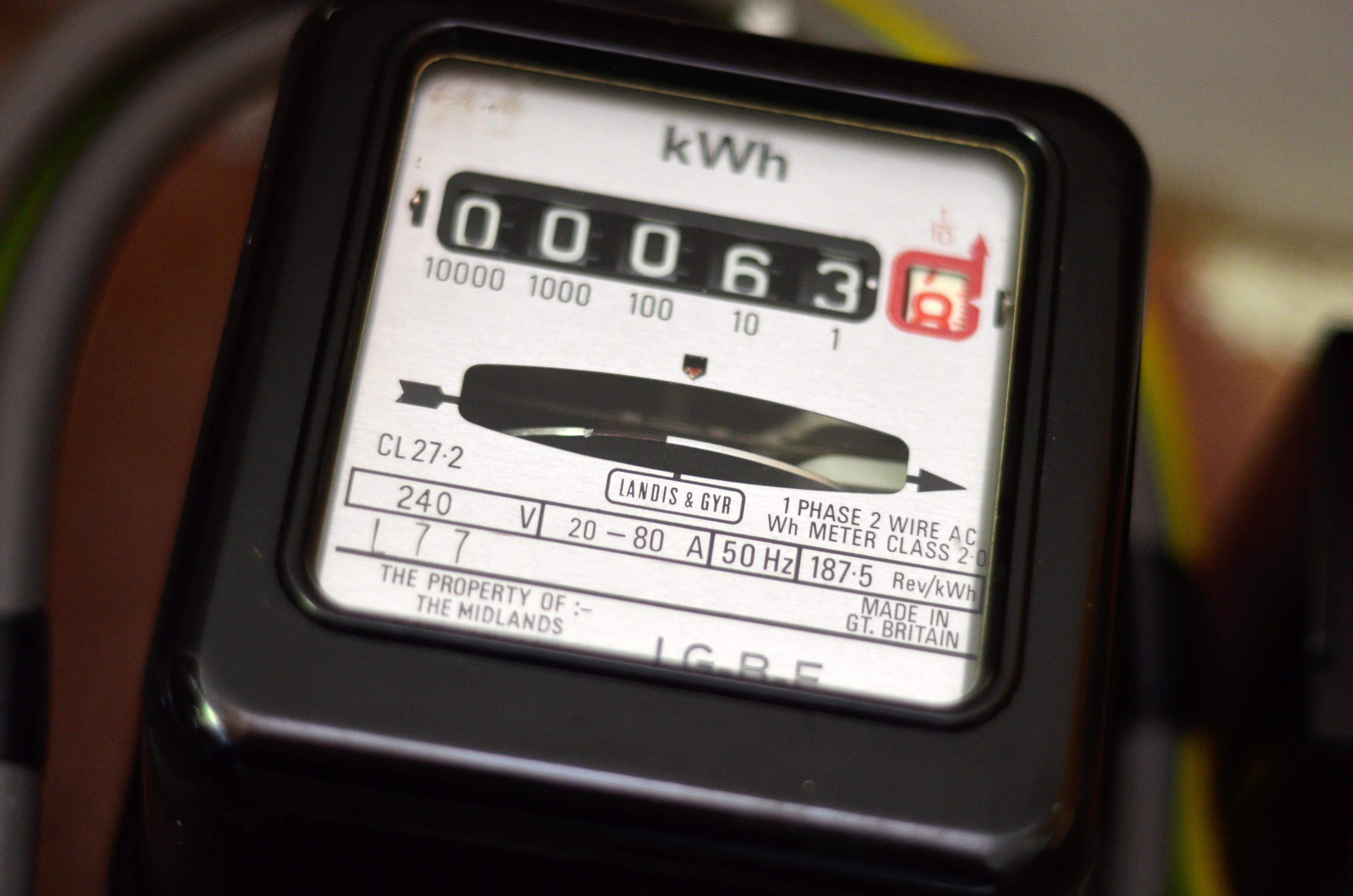 Electric Power Meter : Clocks back consumers in the dark about energy costs