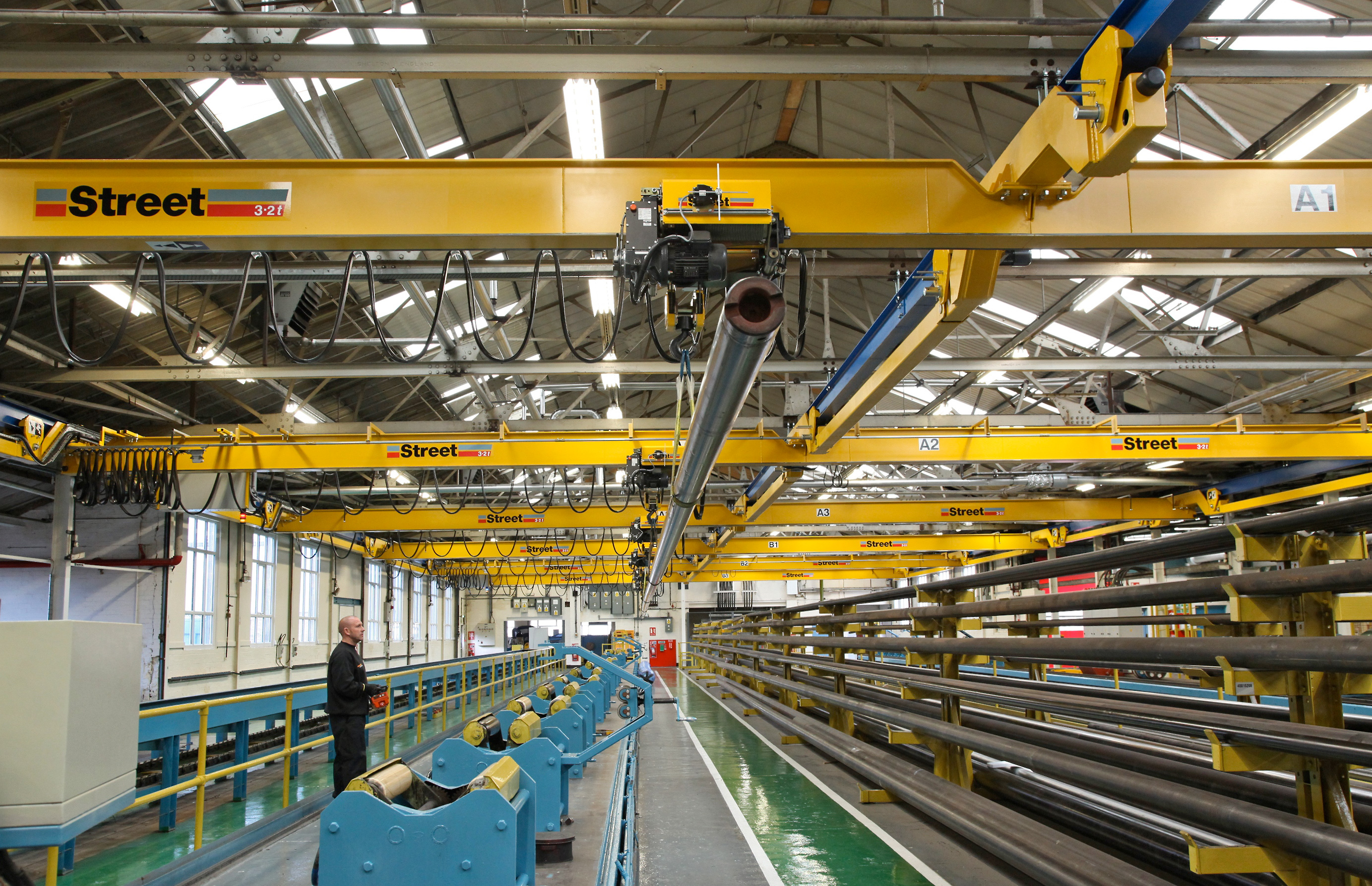 Street Crane Radical Overhead Crane Design For Flexible