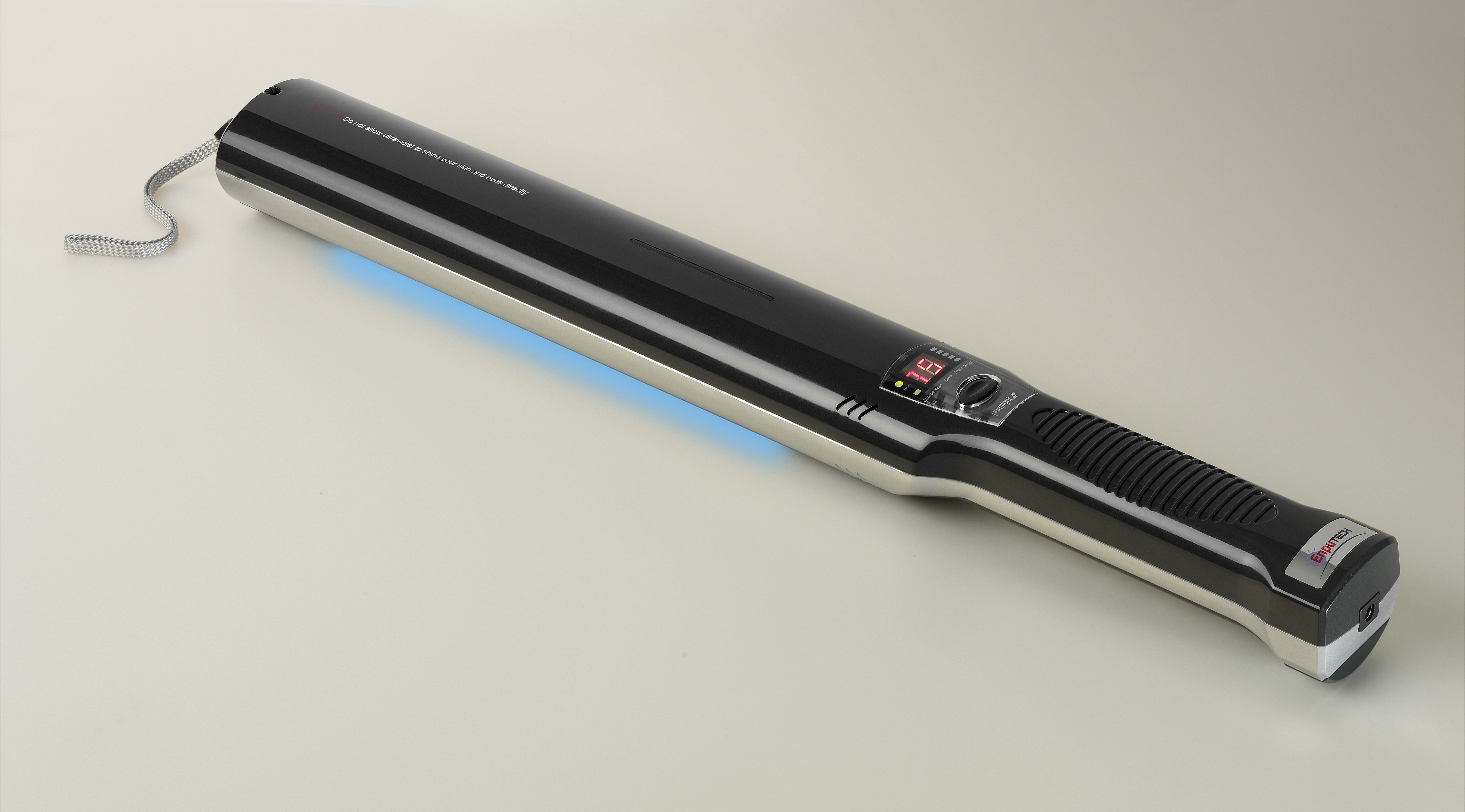 Magic bug busting wand uses light to fight virus spread