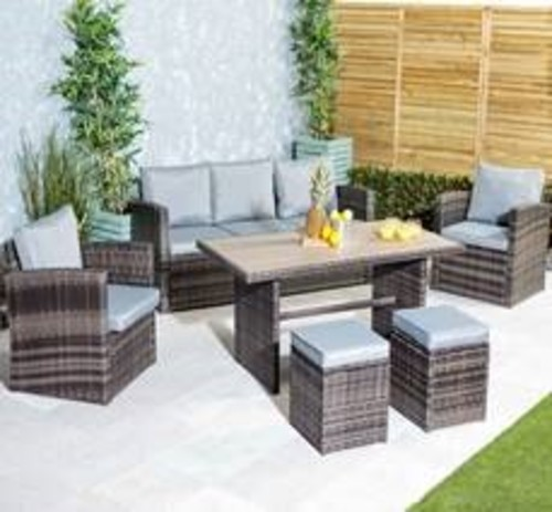 Manoaco Rattan Outdoor Dining Set