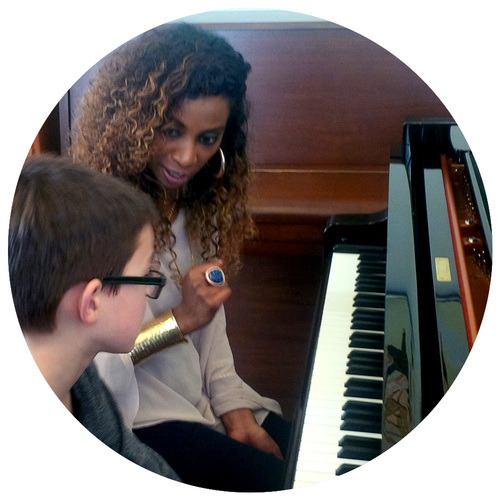 Free piano lessons at Yamaha Music Store