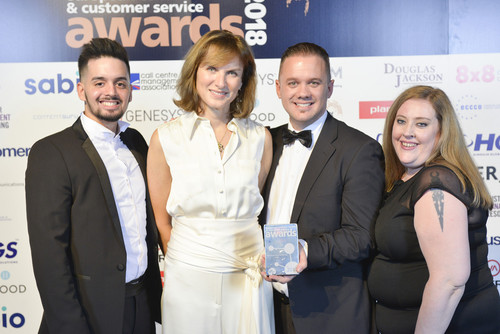 Fiona Bruce presents award to Ventrica