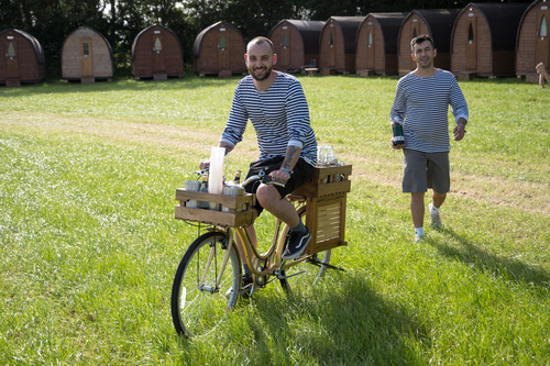 YURTEL&#039S GIN BICYCLE DOING THE ROUNDS
