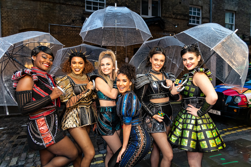 Rain does not stop play for cast of SIX