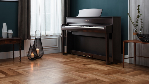 Free Piano Stool with Selected Pianos
