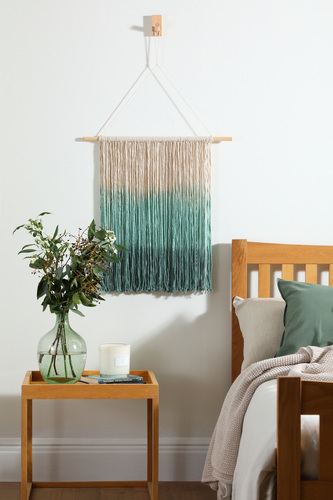 DIY Ombre Wall Hanging