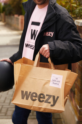 Weezy on-demand high quality groceries