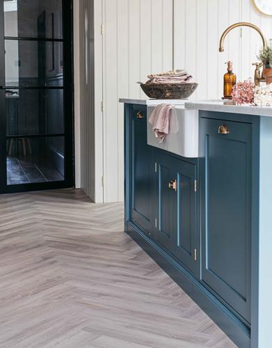 Herringbone Floor Tiles kitchen