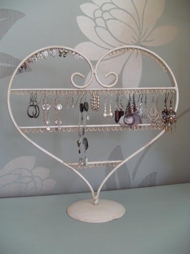 Shabby chic heart shaped earring holder