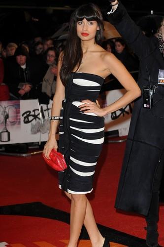 Jameela Jamil class british beauty