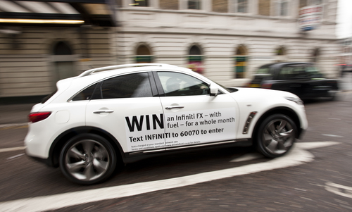 An Infiniti FX 30 on the London Roadshow