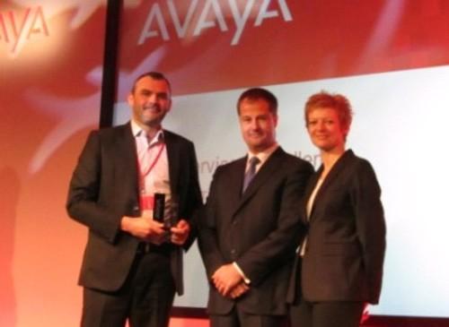 G3's Alan Lloyd receives the Avaya award