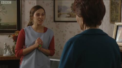 Marta introduces Dot to E-lites