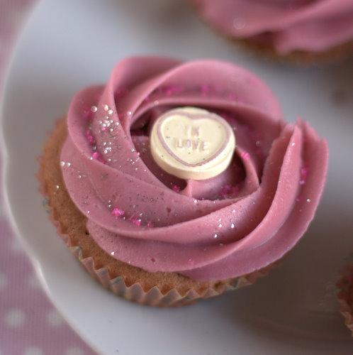 Loseley Valentine Cupcake
