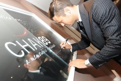Mark Wright signing celebrity board