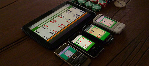 Pokereve running on 5 mobile devices
