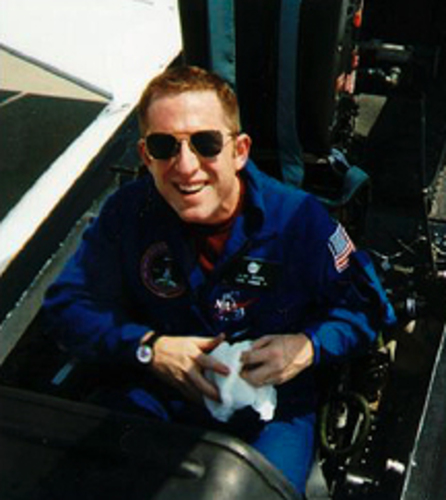 Dr. Alan Stern joins Odyssey Moon Ltd.