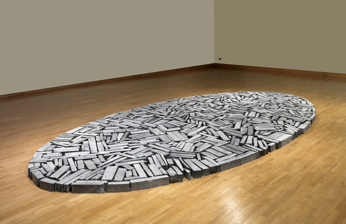 Richard Long, Cornish Slate Ellipse 2009