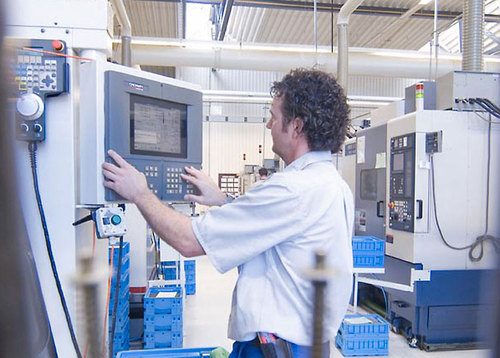 Manufacturers benefit from Forcam Force