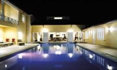 Book live with VIP villas