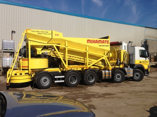 Screed Pumping Truck
