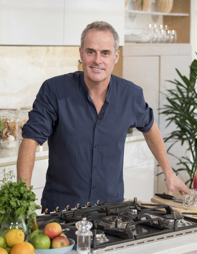 Everest to team up with Phil Vickery