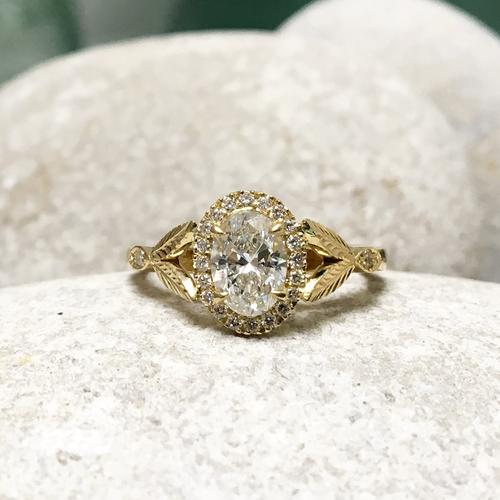 Arabel Lebrusan- Bespoke Engagement Ring
